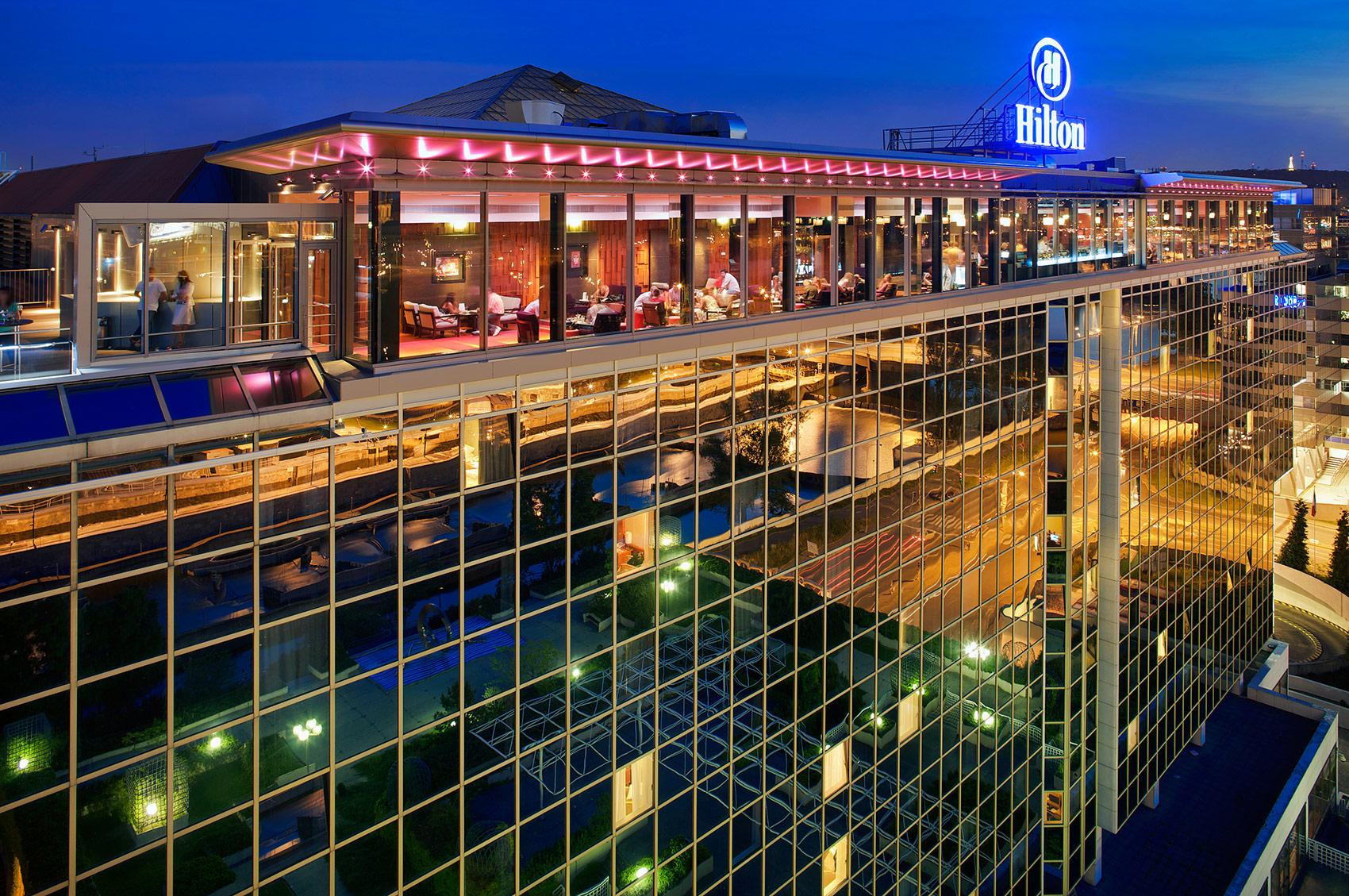Hilton Cloud 9, Prague